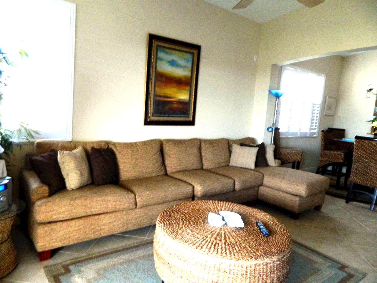 Cinnamon Beach Fl Rental Living Room Here are some  : sofa2232 from www.floridavacationrentaldeals.com size 1600 x 1200 jpeg 276kB